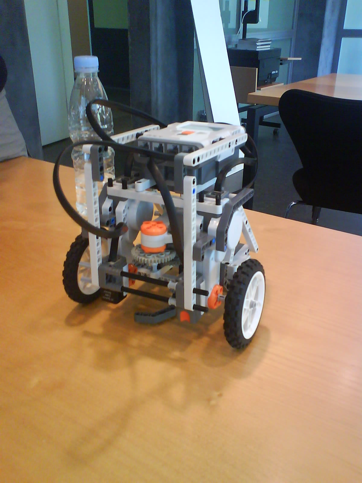 Sweeper robot 1 for Robot sweepy